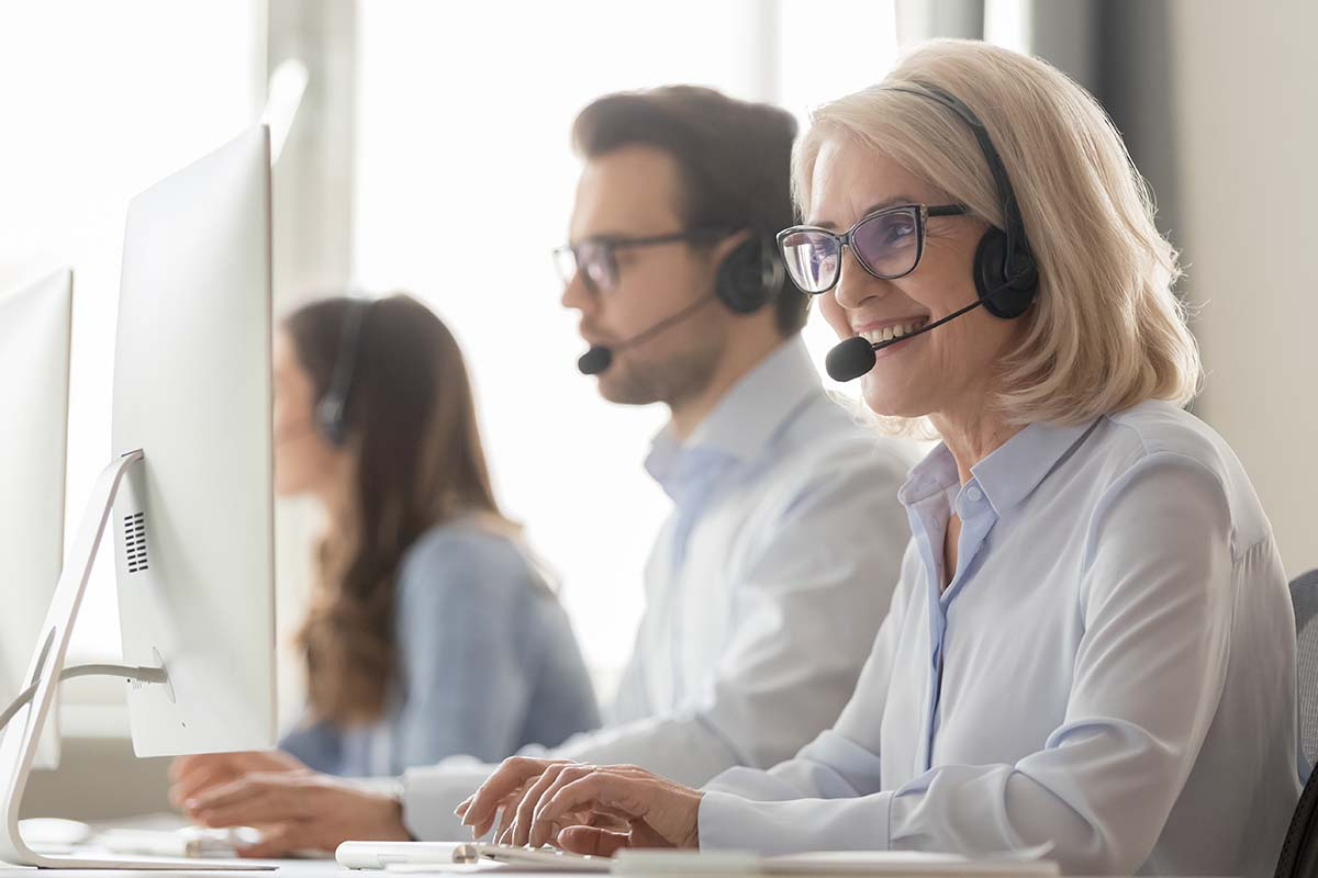Frontline employees use contact centre technology